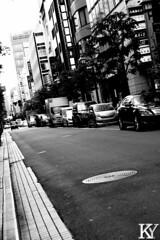 The streets of Tokyo (ZKent.Yousif) Tags: chku tkyto japan jp chiyodaku   minatoku canon sigma sigma1750mm 50mm streetphotography street bw blackandwhite