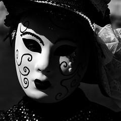 CREAVUE-MARTIGUES. (thierrymuller) Tags: art elpadrepicture thierrymuller photo photographie portrait d610 france frenchtouch french mamanano monochrome bw blackwhite nikonpassion noiretblanc