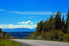 Looking South on the Richardson Highway (neukomment) Tags: august alaska canont5i copperriver wrangellmountianrange sky mountians