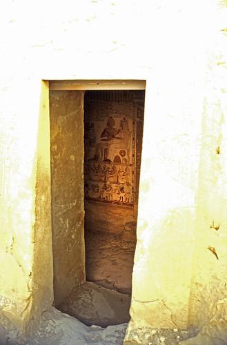 "Ägypten 1999 (412) Theben West: Tal der Noblen, Al-Qurna • <a style=""font-size:0.8em;"" href=""http://www.flickr.com/photos/69570948@N04/29422086041/"" target=""_blank"">View on Flickr</a>"