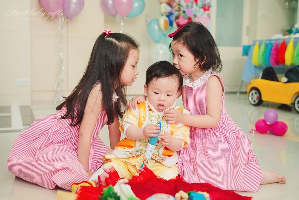 週歲派對 寶寶生日派對攝影 在家佈置生日派對 Baby's 1st Birthday Party