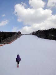 貸し切り&季節はずれの雪遊びの写真