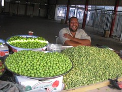 Qalandiya checkpoint 06.05.12 (MachsomWatch) Tags: economy checkpoint qalandiya 060512 jerusalemenvelope machsomwatch