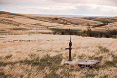 dry land (Joel deWaard) Tags: columbus water montana pump homestead easternmontana homesteading drylandfarming rapelje
