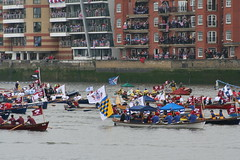 Pageantry - Jolly Rowboats (raggi di sole) Tags: england london water river boats queen pageant riverthames vauxhall queenelizabeth jubliee diamondjubilee manpowered thamesdiamondjubileepageant nineelmsreach
