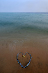 LUCKED HEART (SAUD ALRSHIAD 2  ) Tags: longexposure seascape water lines yellow composition photography gold golden sand nikon long exposure shot heart alon line saudi illustrator sands waterscape ksa saud saudia yalow  lucked     flickraward d7000  nikonflickraward nikond7000 alrshiad
