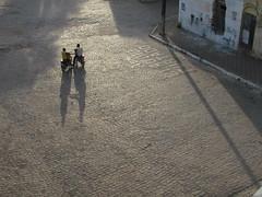"Tô nem aí / ""I don´t care"" (Anderson Scardua) Tags: street shadow color bike meeting sombra moto motorcycle rua cor encontro paraíba cuité carefreeness despreocupação"