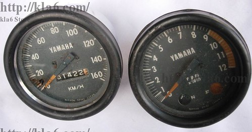 Flickriver: Photoset 'Yamaha RS100 Speedometer, Tachometer ' by kla6kla6