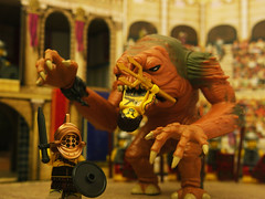 Oh oh... (R D L) Tags: starwars lego roman circus arena rancor gladiator actionfleet
