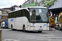 Balent 25 AA077AN (Howard_Pulling) Tags: bus london buses londonbridge mercedes photo coach nikon photos picture july 25 mercedesbenz coaches 2012 tourismo balent hpulling howardpulling d5100 aa077an