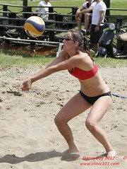 IMG_4052-001 (Danny VB) Tags: kr voley vole voleyball volleyball beach volley ball playa plage jeannemance park parc milton mont royal mount mountroyal montroyal plateau montreal quebec montreal514 514 2011 summer ete sportif sportive athlete athletes sport sports action shot canada mikasa sand sable ballon wilson player players joueur joueuse pallavolo voleybol volleybal volleybol voleyboll lentopallo siatkwka siatkowka voleibol volei volleyboll palavolo vollei volleibol volleiboll voleiboll beachvolleyball tournament tournois competition cqe cqj circuit excellence