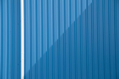 Blue wall; white line (Mary Berkhout) Tags: maryberkhout wall muur lines lijnen play lijnenspel playoflines abstract architecture architectuur gevel facade blue white blauw wit minimalism minimalistic composition schaduw shadow