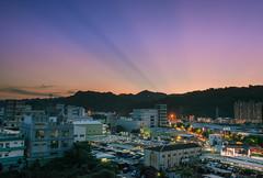 (DSC_9634) (nans0410(busy)) Tags: light sunset outdoors scenery cityscape taiwan  rays  shulin    newtaipei