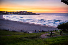 L1003361 (Johannes Hillerbrand) Tags: surfers bondi bondibeach sunrise dawn scenic beach sydney australia travel leica leicam240 summilux35 colorful