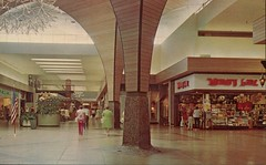 """Regional Center, """"Climate-Controlled Mall"""", Portland, Oregon (SwellMap) Tags: postcard vintage retro pc chrome 50s 60s sixties fifties roadside midcentury populuxe atomicage nostalgia americana advertising coldwar suburbia consumer babyboomer kitsch spaceage design style googie architecture mall store plaza"""