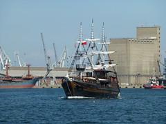 ARABELLA (skumroffe) Tags: arabella ship schiff fartyg bt boat thessaloniki greece hellas grekland ellada port hamn harbor harbour greekmacedonia macedonia mellerstamakedonien makedonien