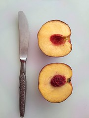 Fruit Fruitporn Fruits Peach Peaches Cut Half Breakfast Knife Good Morning Iphonephotography IPhone IPhoneography Nofilter#noedit Nofilters Nofilternoedit Vegetarian Food Vegan Veganfood VEGANLIFE Foodphotography Food Porn Foodporn Food (robertotrivella) Tags: fruit fruitporn fruits peach peaches cut half breakfast knife goodmorning iphonephotography iphone iphoneography nofilternoedit nofilters vegetarianfood vegan veganfood veganlife foodphotography foodporn food