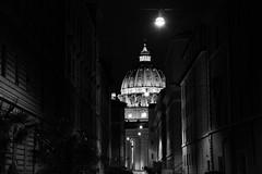 uniqueness (Mauro Angelozzi) Tags: roma rome night nikon d5200 sanpietro