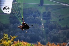 Tim ALONGI (fanny.czk) Tags: paragliding sky mountains alps frenchalps coupeicare acro paragliders love nature sport timalongi alongi