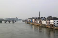Maastricht (11/03/2016) (Kristel Van Loock) Tags: maastricht nederland visitnederland visitmaastricht seemymaastricht visitthenetherlands olanda holland paesibassi lespaysbas thenetherlands europe europa city stad citt 11maart2016 march2016 ville limburg provincielimburg maas mastrique ciudad maestricht limburgo limbourg stdte town lameuse comune river bridge brug pont ponte