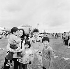 . (Kuang-Wen Li) Tags: family bw 120 6x6 children square taiwan    mirage2000 kodakd76  ilfordrapidfixer  hasselbladswcm 2000  kodakprofessionaltmax400 rs142780 24c8