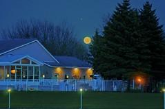 LunaPark (Jeanluc Verville) Tags: moon night lune soir