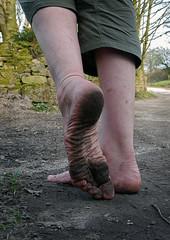 Black soles (Barefoot Adventurer) Tags: reflection woodland walking hiking earth walk barefoot barefeet soles barefooted barfuss barefooting dirtyfeet dirtysoles barefoothiking barefooter baresoles toughsoles wrinkledsoles