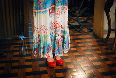 ♥ (Natália Viana) Tags: girls red cute fashion shoes moda myjob meninas estampa natáliaviana quiquiriqui estampariadigital modabrasileira workfashion