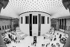 British Museum (London) (renan4) Tags: london museum blackwhite nikon 10 fisheye british londre 5nikkor renan4 renangicquel