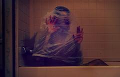 Trapped (Jacobo11) Tags: bag bathroom blood muerte tina bathtub bolsa baño sangre