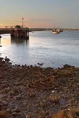 Embarcadero (javigiles87) Tags: puntadelmoral barco boat andaluca cuerda rope
