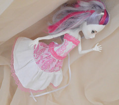Monster high pink and white set (ceressiass) Tags: doll clothes clothing mattel catherine de mew monster high pink white handmade aternative princess skirt corset costume sewing ceressbjdclothes