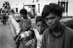 (AlanDejecacion) Tags: streetkids streetchildren poverty humanrights manila philippines nikonf3 nikkor3520 trix