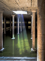 untitled-1835 (cynaZZam photOGraphy) Tags: bbpcistern cynazzam houston columns cistern underground architectural water city canon