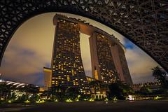 Spaceship (elenaleong) Tags: mbs thefutureofusexhibition iconiclandmark marinabaysands architecture building nightscape le elenaleong
