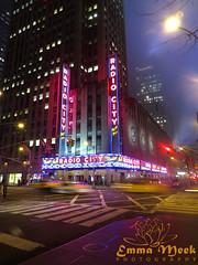 Radio City Music Hall (Emma Meek Photography) Tags: radiocity radiocitymusichall musichall newyork usa unitedstatesofamerica afterdark night nighttime lights city cityscape crossroads lighting road roadsigns