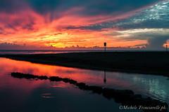 _DSC1014 (. ..::..::::....:::::m.trinciarelli photo::..:..) Tags: mare tramonto cielo spiaggia maredinverno pace