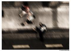There is no hurry / No hay prisa (Claudio.Ar) Tags: city people blur argentina buildings topf50 buenosaires sony ciudad hurry dsc urbex h9 claudioar claudiomufarrege saariysqualitypictures
