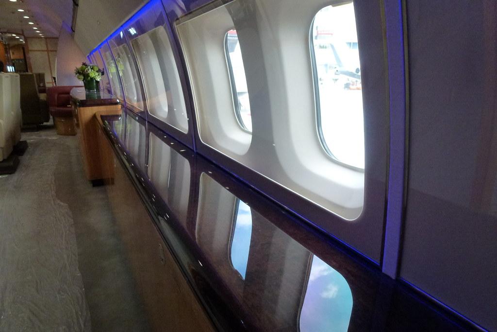 P4-LIG BBJ Interior