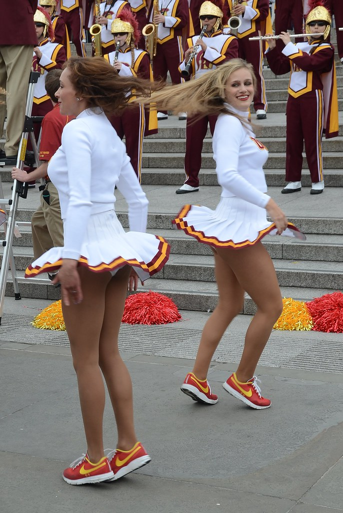 the world's newest photos of miniskirt and trafalgarsquare - flickr