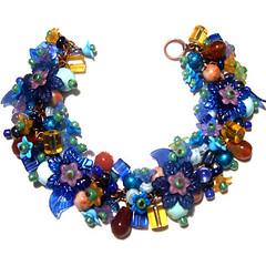 Asureje Bracelet (Enchanted Azure) Tags: handmadejewelry flowerbracelet colorfuljewelry floralbracelet clusterbracelet natureinspiredbracelet bluehandmadebracelet colorfulhandmadebracelet shadesofbluebracelet