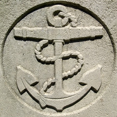 Anchor (chrisinplymouth) Tags: squircle circle round cw69x stone headstone cemetery anchor rope squaredcircle