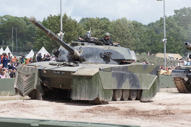 Chieftain SID Tank