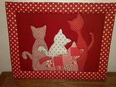 "Quadro ""My Fashion Cats"" (Atelier na Casinha by Re Molinaro) Tags: feitomo quadros cartonmousse patchworkembutido"