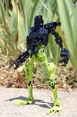 Main-Amphibian (Shmupii) Tags: man lego frog bionicle