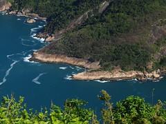 P7219783 (FotoManiacNYC) Tags: rio riodejaneiro brazil brasil hill viewfromthetop viewfromabove birdseyeview gondola cablecar funicularrailway vacation vacations sunbathing