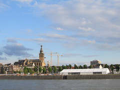 Nijmegen (Stewie1980) Tags: church netherlands skyline canon nijmegen nederland powershot kerk waal gelderland nimwegen stevenskerk waalkade sx130 nimègue sx130is canonpowershotsx130is
