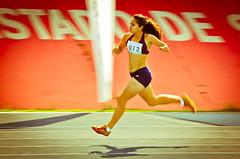 SAU_8551 (Saulo Cruz) Tags: girl run menina esporte correndo amputee paralympics atletismo corredora amputada adaptado paraolmpicos atletascomdeficincia paradesporto etapacaixasopaulo