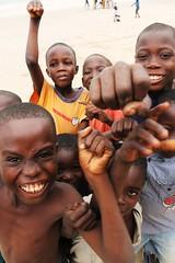 Amazing children (Luis Enrique Aguilera Servn) Tags: children ghana enfants nio