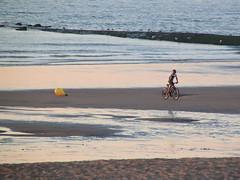 Oostende_IMG_0220 (Kristel Van Loock) Tags: sea beach strand mare belgium belgique belgie belgi zee westvlaanderen oostende belgica plage spiaggia ostend belgien belgio ostende belgiancoast belgischekust ctebelge costabelga mariarkerke